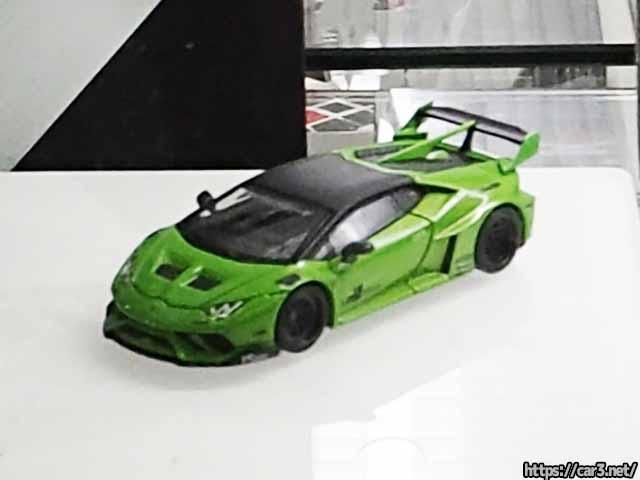 MINI GTの新製品LBシルエットワークスGTのウラカン