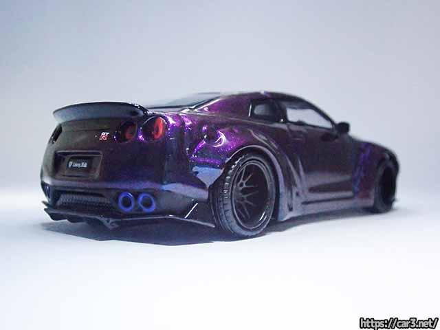 MINI GTの1/64LB-WORKS・日産R35 GT-Rマジックパープル